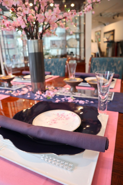 今月のテーブルコーディネート《夜桜を愛でながら》